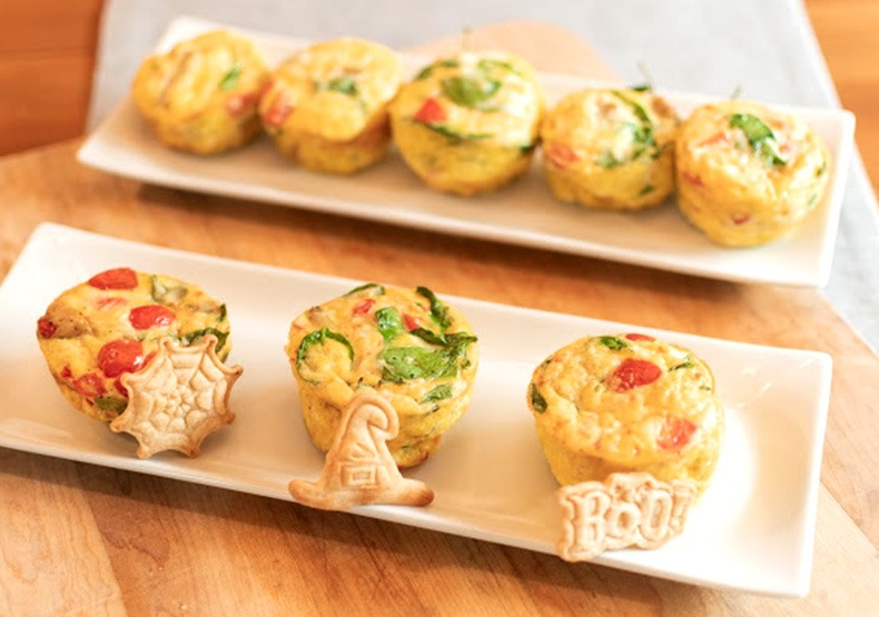 5 Ingredient Chicken Sausage Egg Muffins