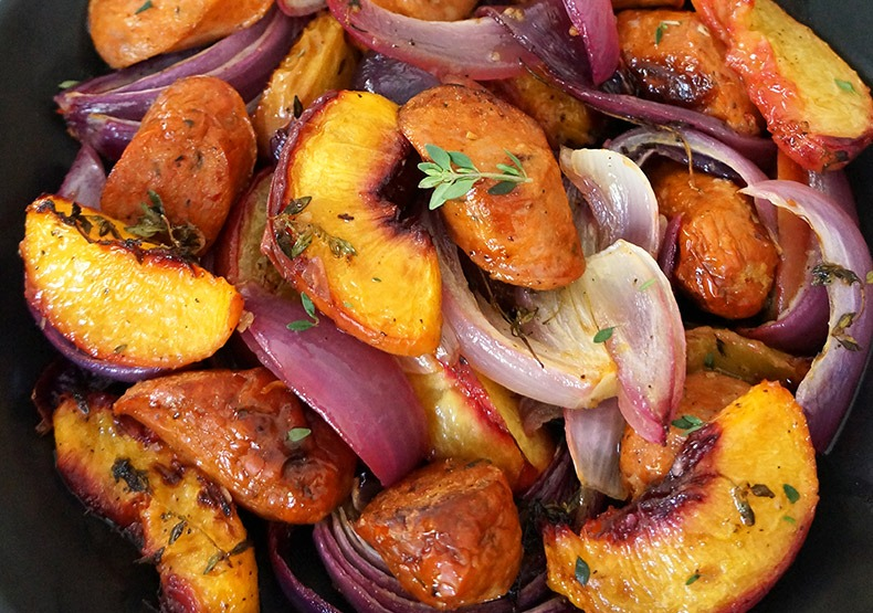 One Pan Chicken Sausage with Peaches and Red Onion